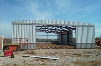 Topline Recreational Steel Buildings are 100% American Made Steel - Erection Process