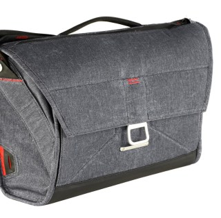 Peak Design Re-Thinks the Modern Messenger Bag