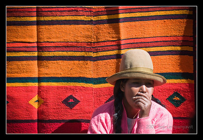 Rug seller in Pisac market