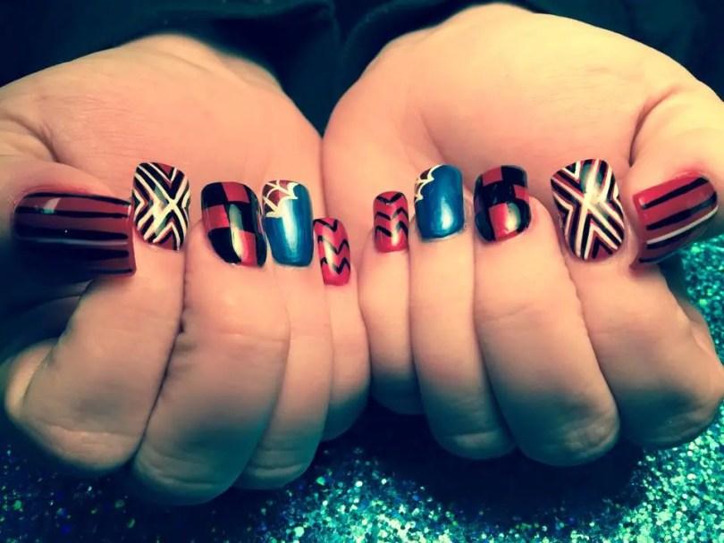 Choice of: White/black X-patterns, red nail OR Spiderman web, shiny blue nail OR red/black tartan pattern OR black M/W pattern, red nail OR black/white tiger stripes, red nail.