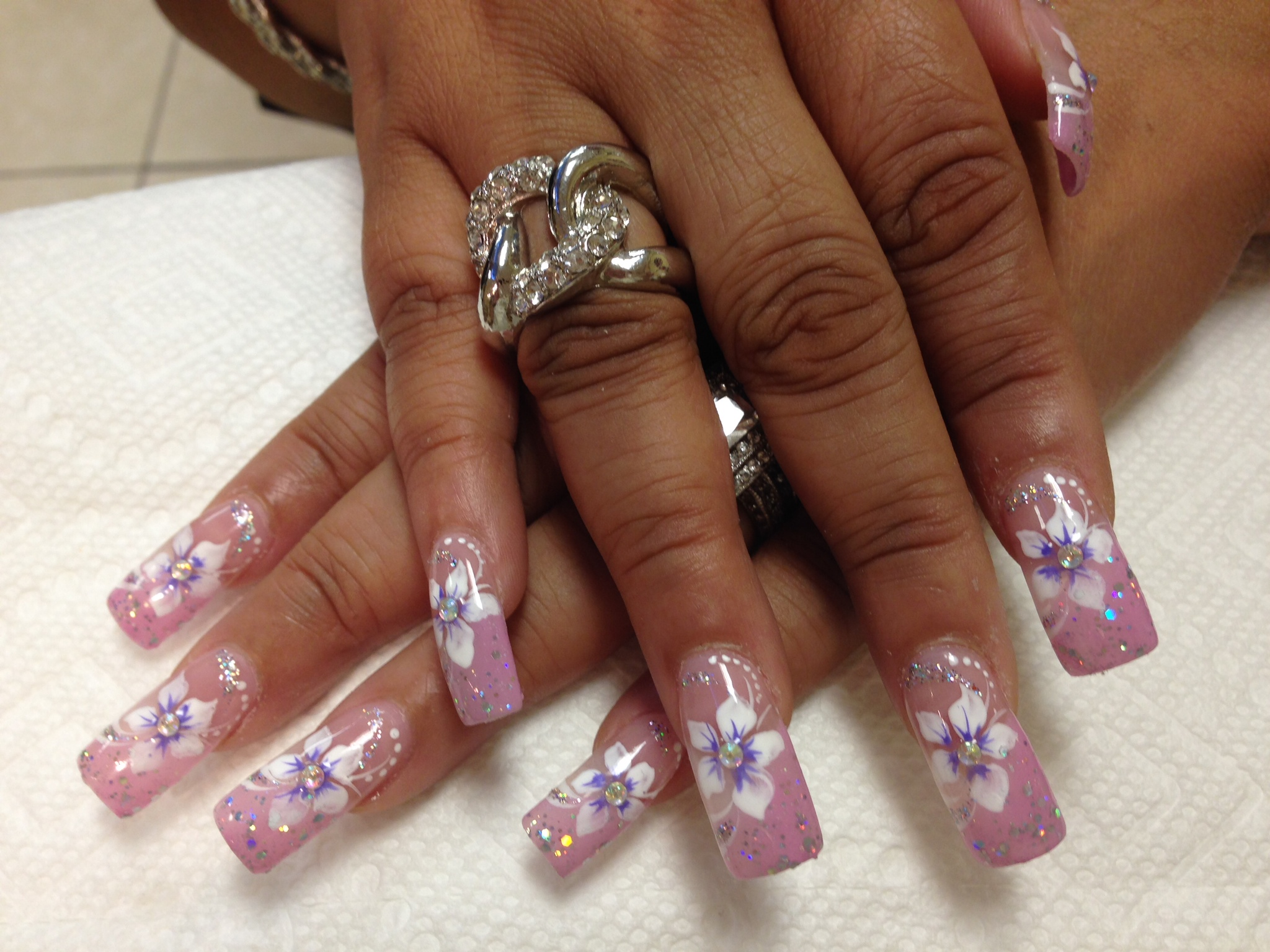 Dainty Stargazer, nail art designs by Top Nails, Clarksville TN ...