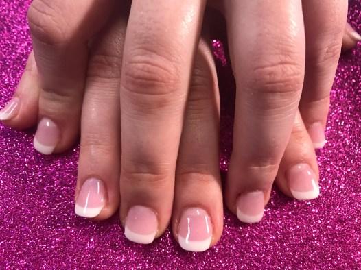 Pretty new set pink & white using dip powder on natural nails