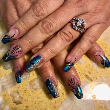 Fullset gel polish with lineworks art + diamonds