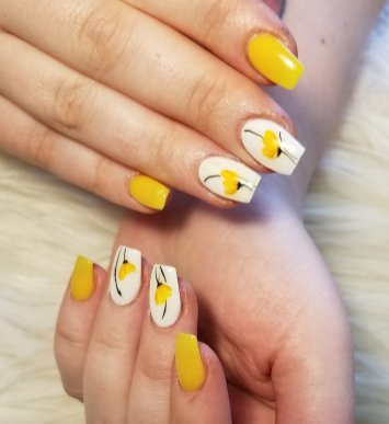Ready for spring. SNS dipping powder nails with cute flower nail art