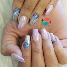Dip powder ombre with chrome mirror effect and foil nail art