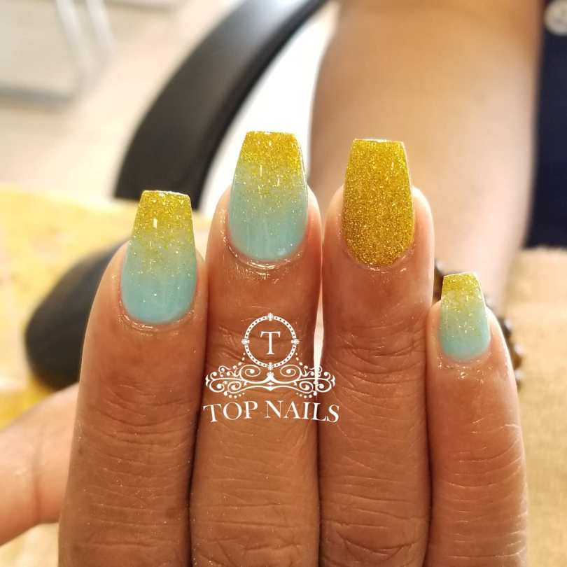 SNS dip powder ombre minty & gold glitter.