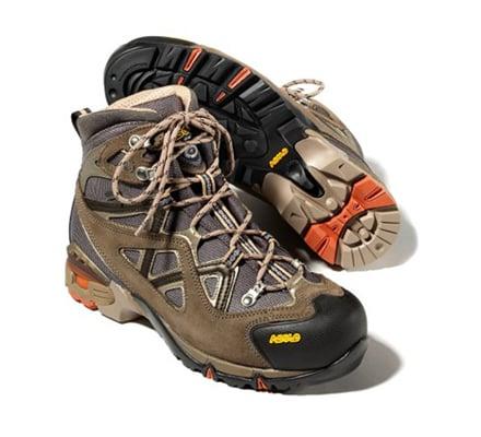 Scarponi da Trekking modelli vari per la montagna  Topnegoziit