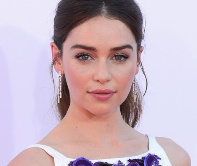 New York Mar 7 Game Of Thrones Star Emilia Clarke Stunned Theater Fans Into A Photo Frenzy On Monday When She Stepped Naked Into A Bubble Bath During