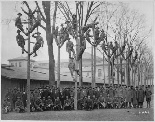 Групповое фото электриков, 1918.