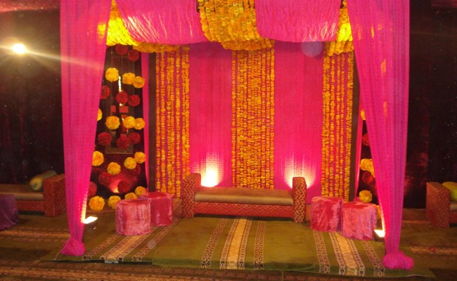 Latest Pakistani Mehndi Stage Designs 2019 Mehndi Stage