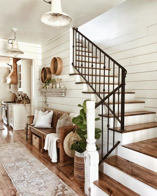 8 Farmhouse Stair Railing Ideas Guaranteed to Weave Country Charm Into Your Entryway   Hunker