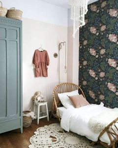 vintage daybeds: child style. / sfgirlby