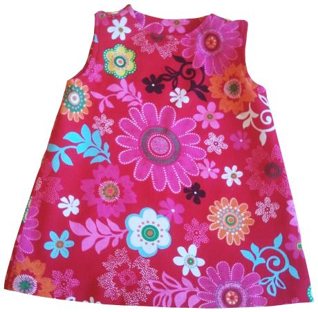 Rød, blomstret kjole
