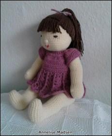 Dukke af Annelise Madsen