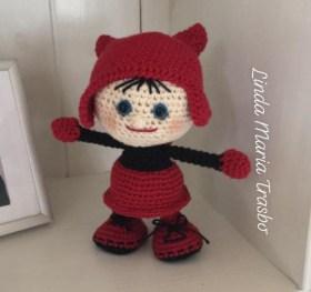 Linda Maria Trasbo - Hæklet dukke i halloweenkostume - Little Owls Hut