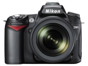 Nikon D90 12.3MP DX-Format CMOS Digital SLR Camera with 18-105 mm f3.5-5.6G ED AF-S VR DX Nikkor Zoom Lens