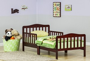 Dream On Me Classic Toddler Bed, Cherry