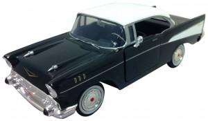 Motormax 124 Die-Cast 1957 Chevy Bel Air - Colors May Vary