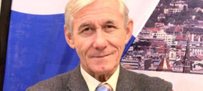 El presidente de Politours recibe el homenaje del sector turístico
