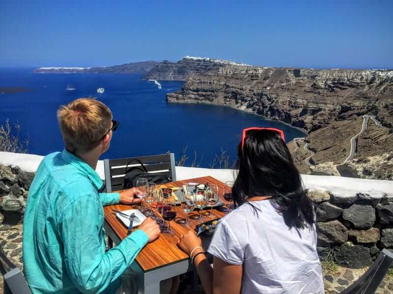 Santorini Sightseeing & Wine Tasting Tour