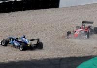 Ferdinand Habsburg nach Kollision im Kiesbett © FIA Formel-3-EM
