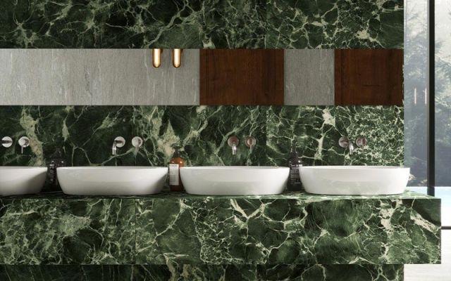 Renovatietegels in groene marmer geinspireerd op natuursteen verde.
