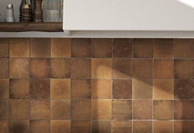 Keramiche wantegel artisan gold glossy in formaat 13x13cm