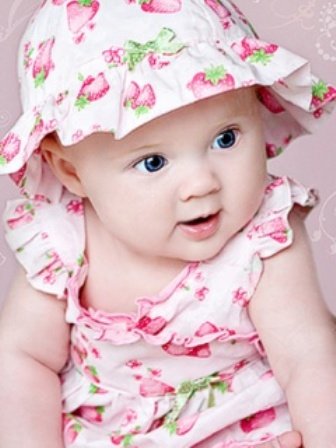 Image of: Sweet This Baby Looks Different From Others Babies For Her Nice Sitting Style And Face Expressions Top Ten Lists Top 10 Cute Babies Pictures Best Pics Collection