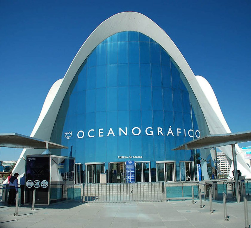 List of Top 10 Most Amazing and Best Aquariums in the World