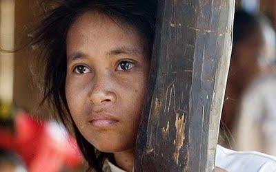 Rochom-Pngieng-cambodian-jungle-girl