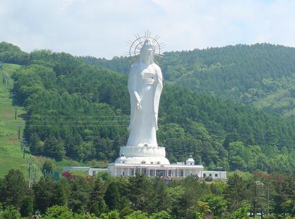 Dai Kannon of Kita no Miyako park, Japan - Height: 88m (289ft)