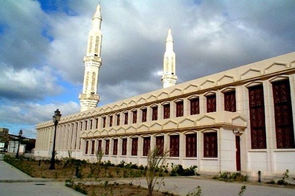 1st November of 1954 Great Mosque - Area (m2): 42,000