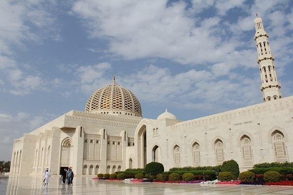 Sultan Qaboos Grand Mosque - Area (m2): 416,000