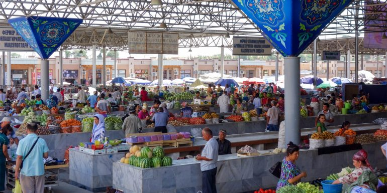 Siyob Bazaar in Samarkand, Uzbekistan
