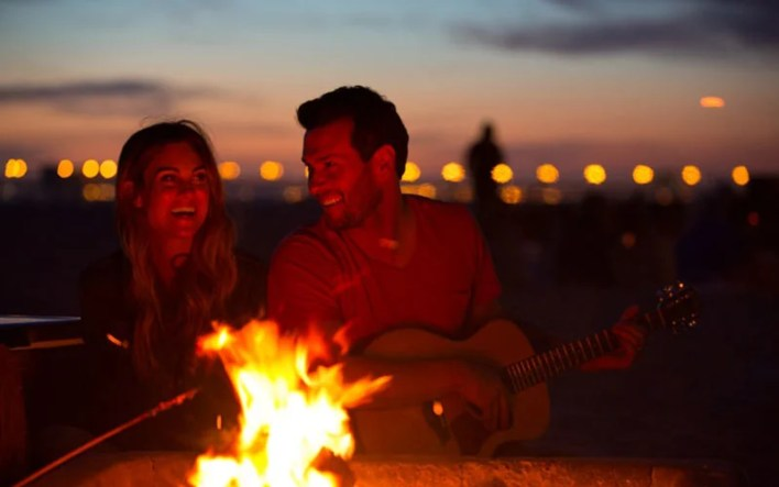 Have A Bonfire For A Fun Date