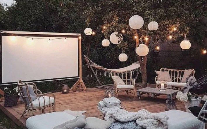 Have A Group Movie Night For A Double Date