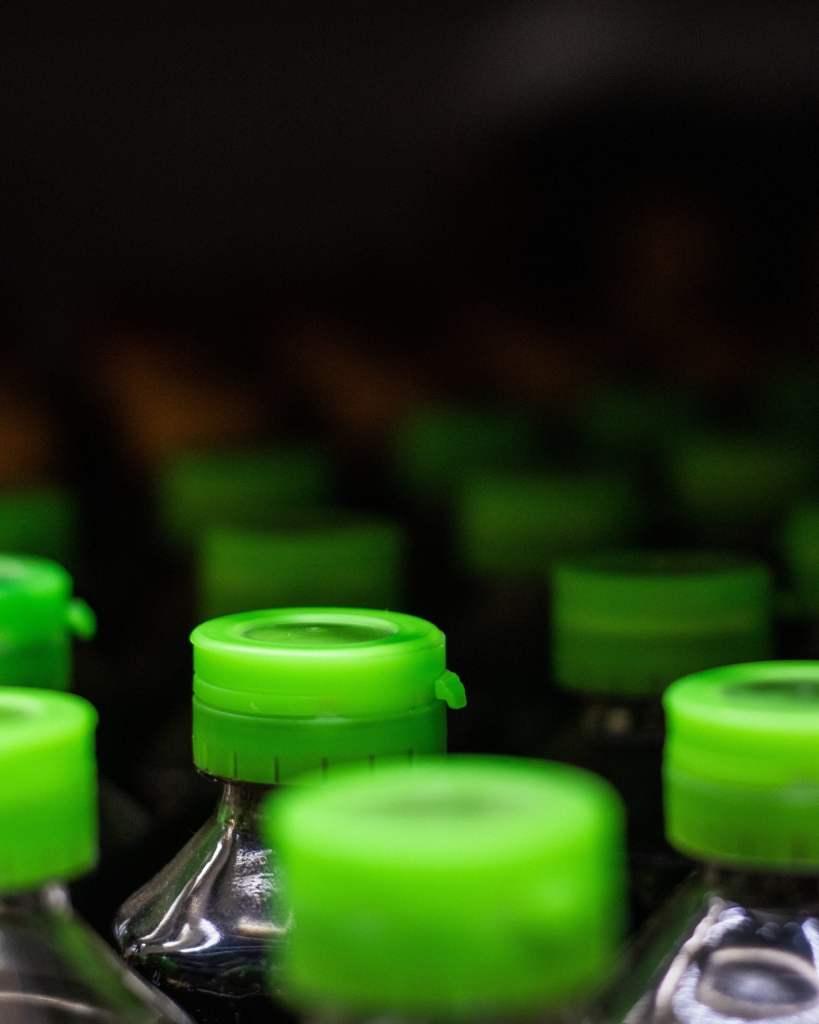 plastic injection molding-plastic bottle