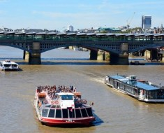 Enjoy the Beauty of The Thames with An Exotic Summer Boat Cruise In London