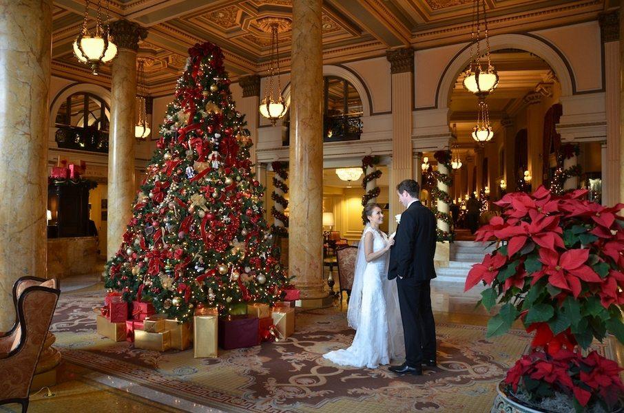 Five Fun  Festive Winter Wedding Themes   TopWeddingSitescom