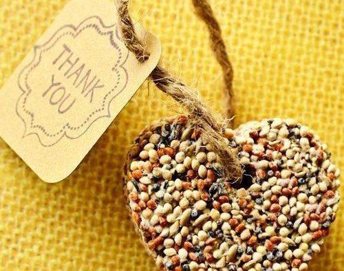 Inexpensive Edible Wedding Favors