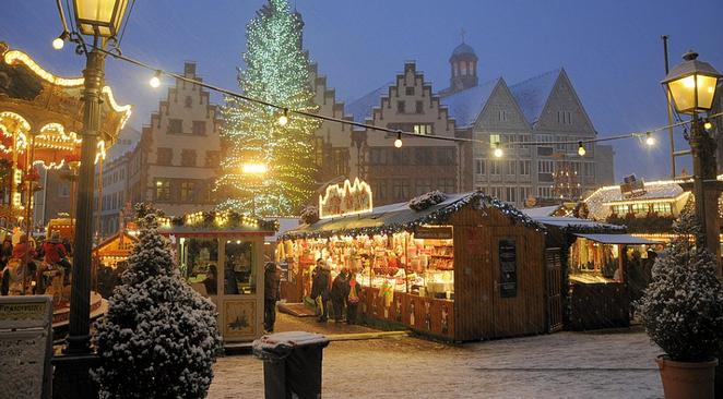 Dagtocht Kerstmarkt Dusseldorf Met Luxe Touringcar Slechts 19 90 Pp
