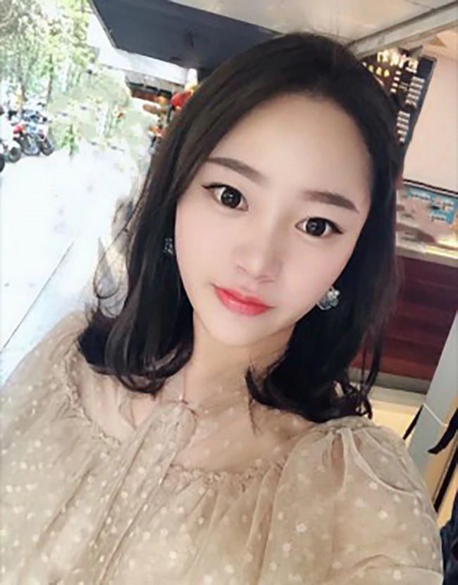 Jing Jing - Shanghai Escort 5