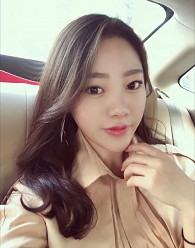 Jing Jing - Shanghai Escort 6