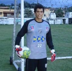 """Rodrigo treina e garante que joga a """"decisão"""""""