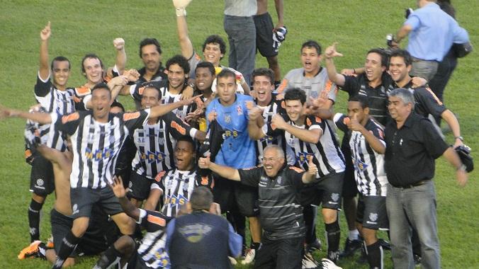 Tupi reage, empata em 2 a 2 com gols de Ademilson e já está na Série C de 2012