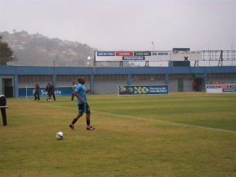 Diário carijó: Wesley não treina, Ademilson marca, Augusto joga