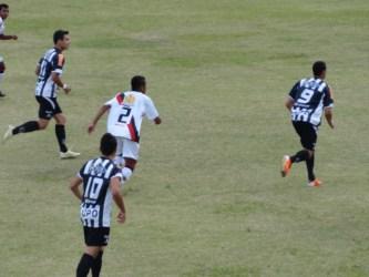 Galinho perde em casa para o Itaúna: 3 a 1