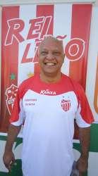 Villa estreia Reinaldo contra o Cruzeiro e está de olho na Série D