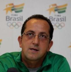 Técnico da Seleção Olímpica de Natação participa de encontro no Jesuítas