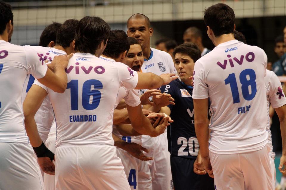 Cruzeiro bate Sesi-SP e é o primeiro finalista